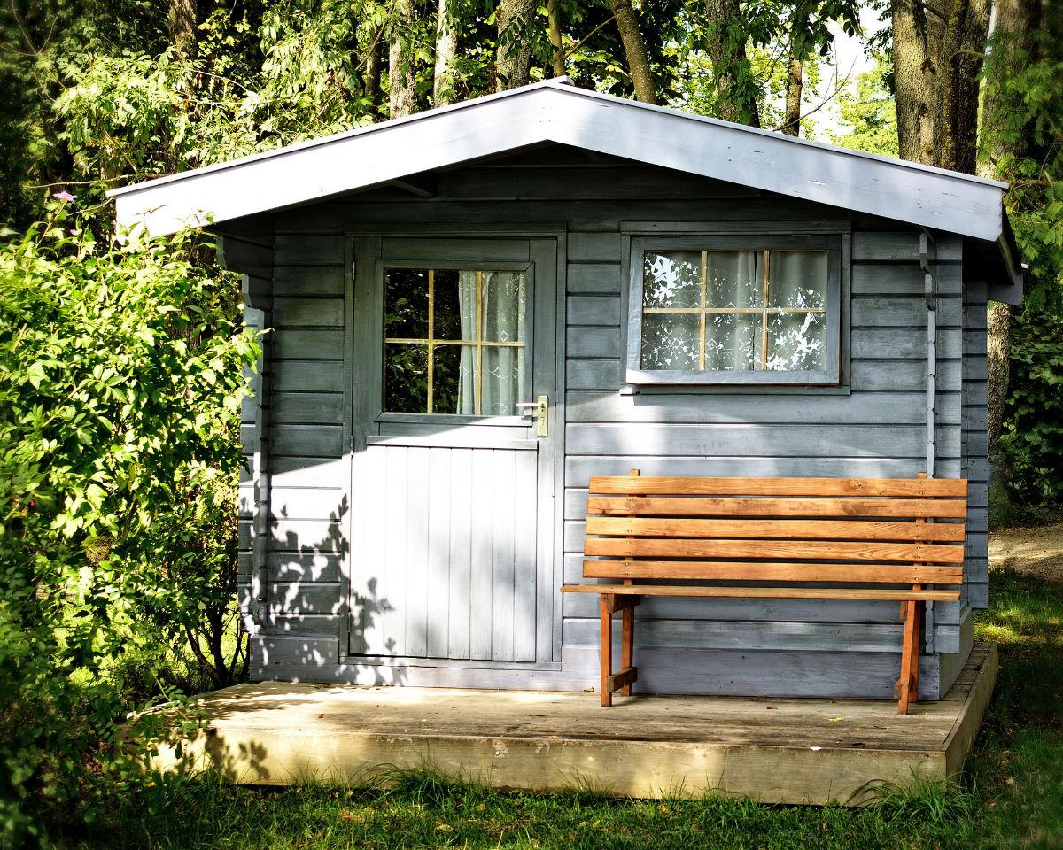 Comment Isoler Une Cabane De Jardin quelques astuces pour bien aménager son abri de jardin